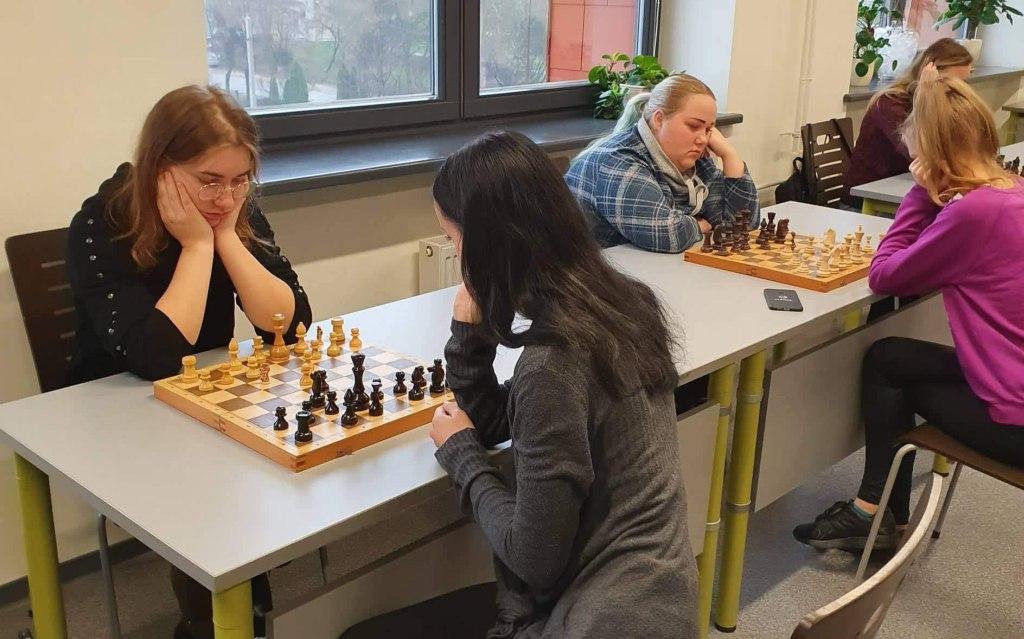 Sėkmingos šaškių ir šachmatų varžybos